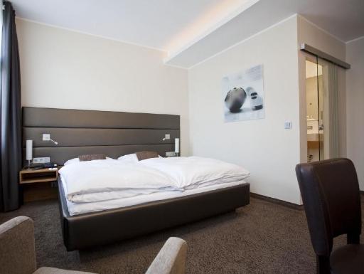 Hotel Graefrather Hof PayPal Hotel Solingen