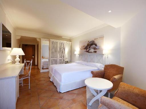 ➦  Iberostar Hotels & Resorts    customer rating