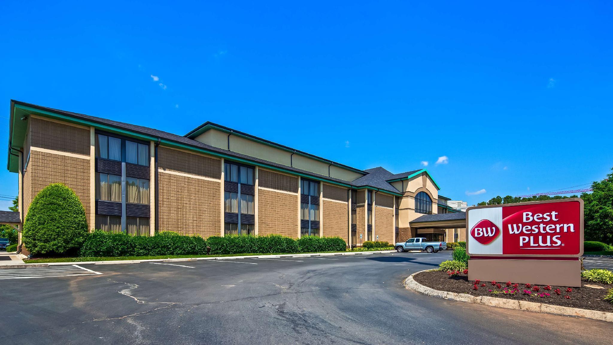 Best Western PLUS Cedar Bluff Inn image