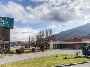Quality Suites Hotel in ➦ Norton (VA) ➦ accepts PayPal