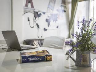 Mad Cow Hostel Khoasan - Bangkok