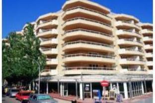 Booking Now ! Apartamentos California
