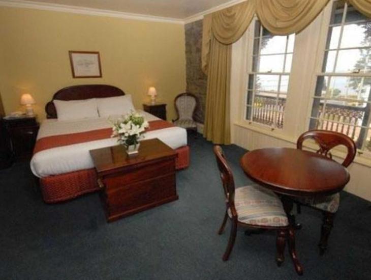 Quality Hotel Bentinck photo 3