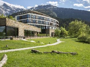 Kempinski Hotel in ➦ Berchtesgaden ➦ accepts PayPal