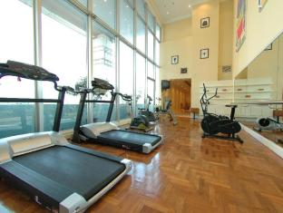 Riverside Majestic Hotel Kuching - Fitness Room