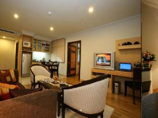 The Key Sukhumvit Bangkok by Compass Hospitality guestroom junior suite