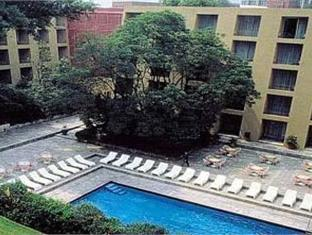 Camino Real Pedregal Hotel Mexico City - Swimming Pool
