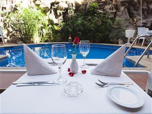 Le Caspien Hotel Marrakesh - Zwembad
