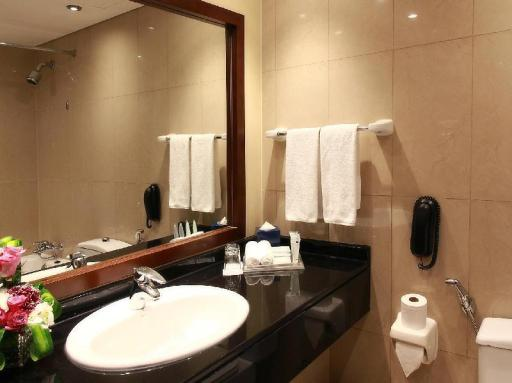 J5 Rimal Hotel Apartments hotel accepts paypal in Dubai