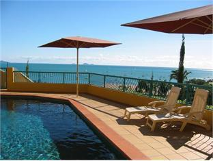 Toscana Village Resort Whitsundays - Front Swimming Pool