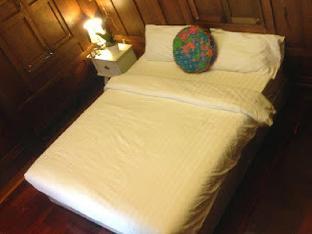Nithankumkon 2 Bed & Breakfast guestroom junior suite