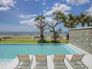 The Crest Santora HuaHin on 4 Floor Sea View