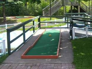 Days Inn - Niagara Falls, Lundy's Lane Niagara Falls (ON) - Golf Course