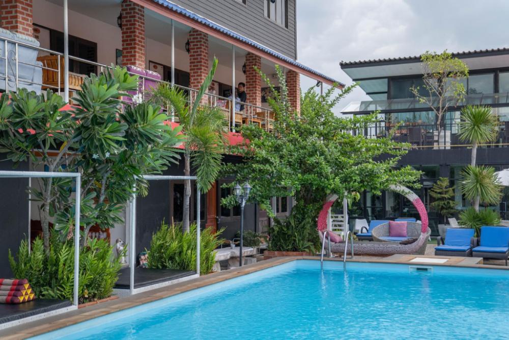 P.U. Inn Resort