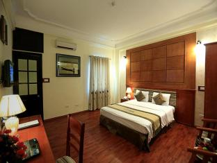 Moon View Hotel Hanoi - Deluxe Double