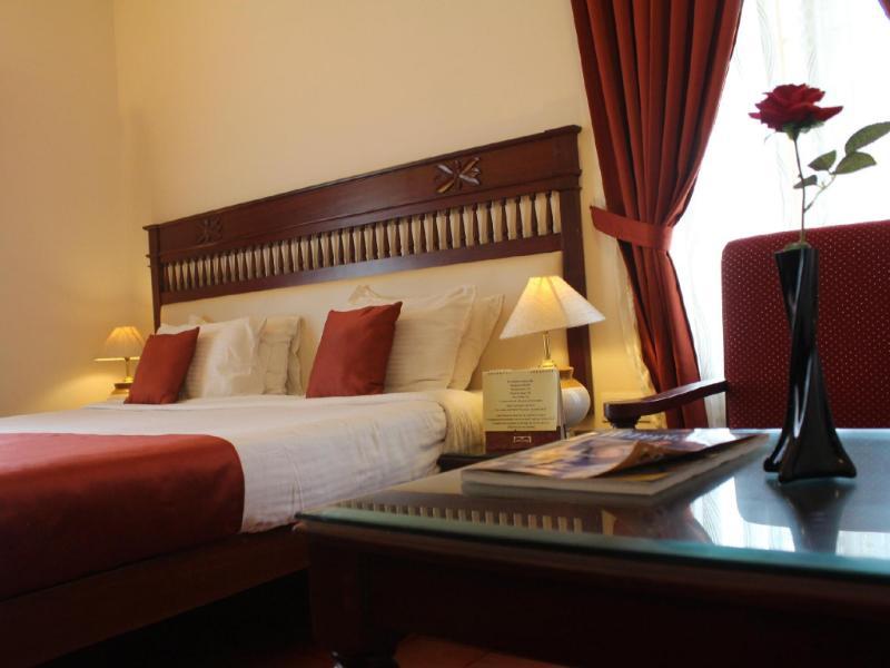ホテル アーチス