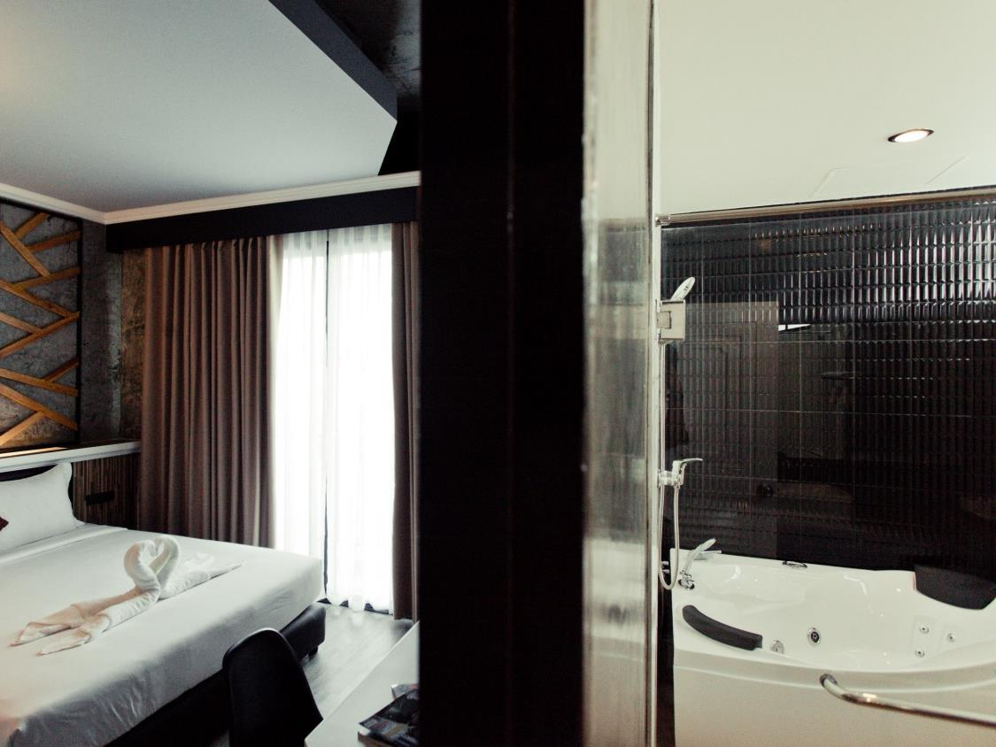 โรงแรมเดอพราวด์