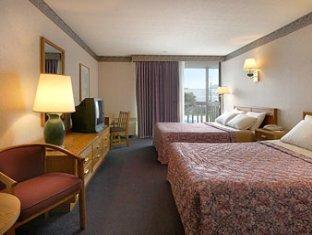 hotels.com Fairfield Inn & Suites by Marriott Cape Cod Hyannis