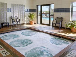 booking.com Super 8 Motel North Fort Worth