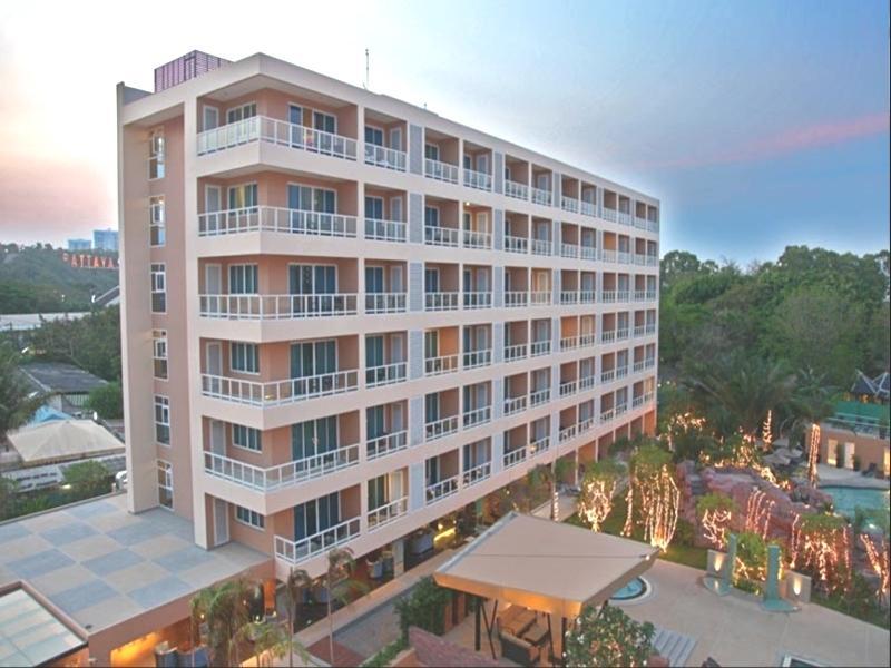โรงแรมโนวา แพลทตินั่ม