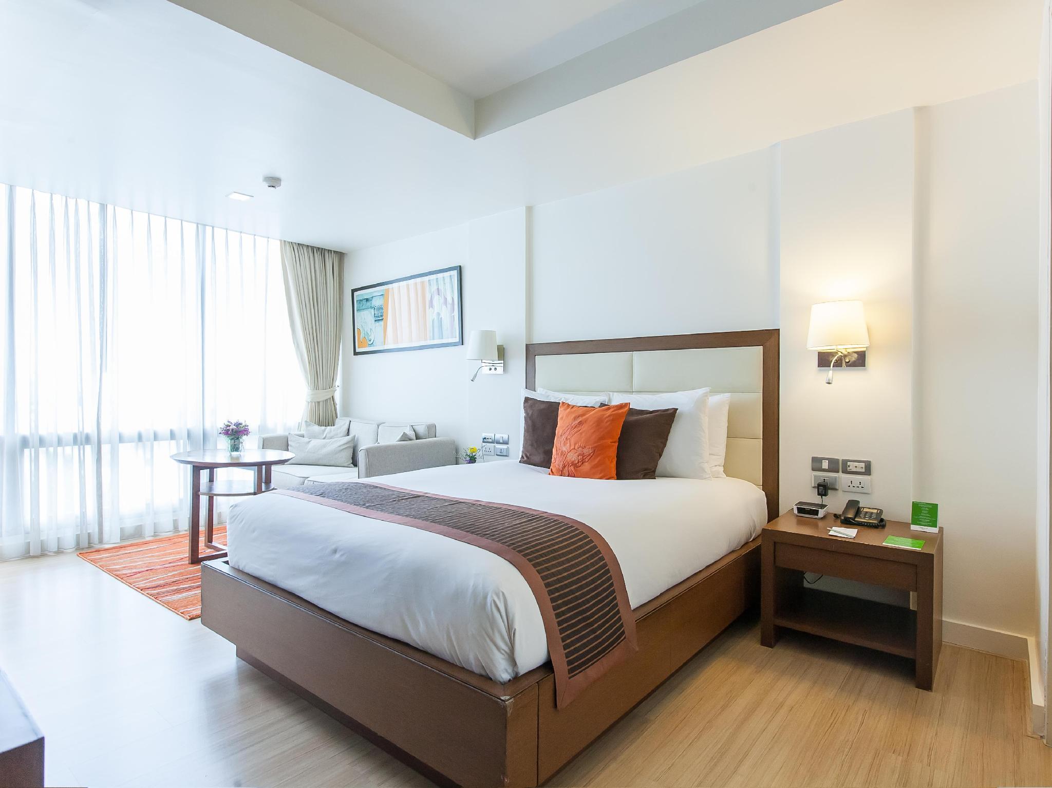 โรงแรมโอ๊ควู้ด เรสซิเดนซ์ สุขุมวิท 24