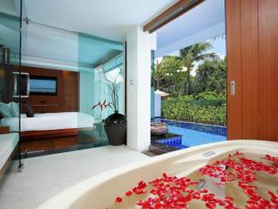 La Flora Resort Patong Phuket - Beachfront Pool Villa