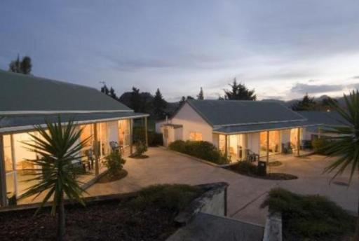Best guest rating in Pauanui Beach ➦  takes PayPal