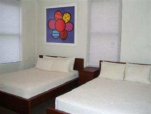 Royal Park Hotel and Hostel New York (NY) - Shared Double Room with 2 Double Beds