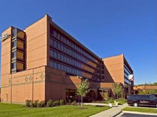 Carlson Rezidor Hotel Group Hotel in ➦ Largo (MD) ➦ accepts PayPal