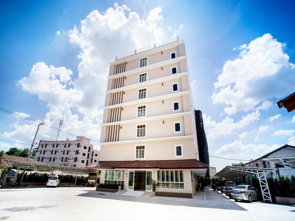 P.A. Thani Hotel