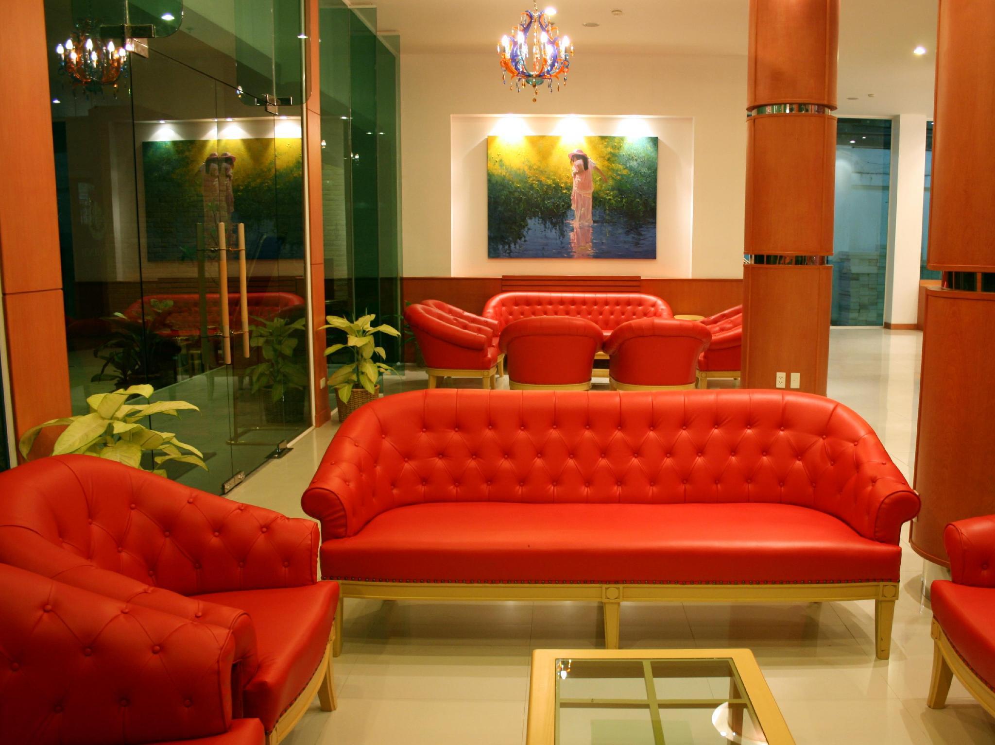 โรงแรมบารอน บีช