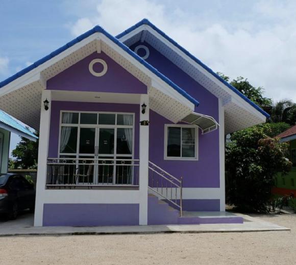 Baan Tong Thip (House 2)