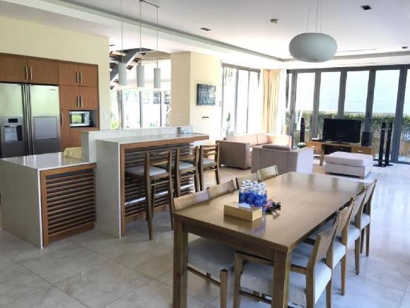 Perfect 3 Bedrooms Villas at DaNang Beach