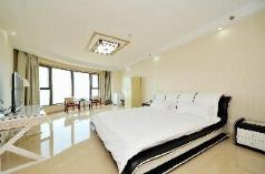 Seaview apartment on the 33rd floor., Liangshan Yi