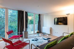 Apartment overlooking Zermatt direct ski access
