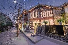 wenhuanianliu Light luxury balcony bed room, Lijiang