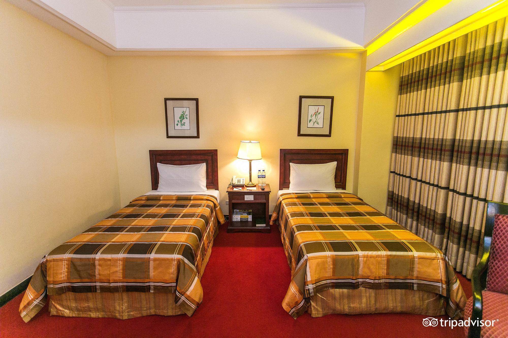 Best Price on Bayview Park Hotel in Manila + Reviews!