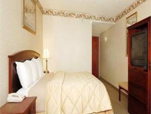 Comfort Inn & Suites Mount Laurel - Philadelphia East