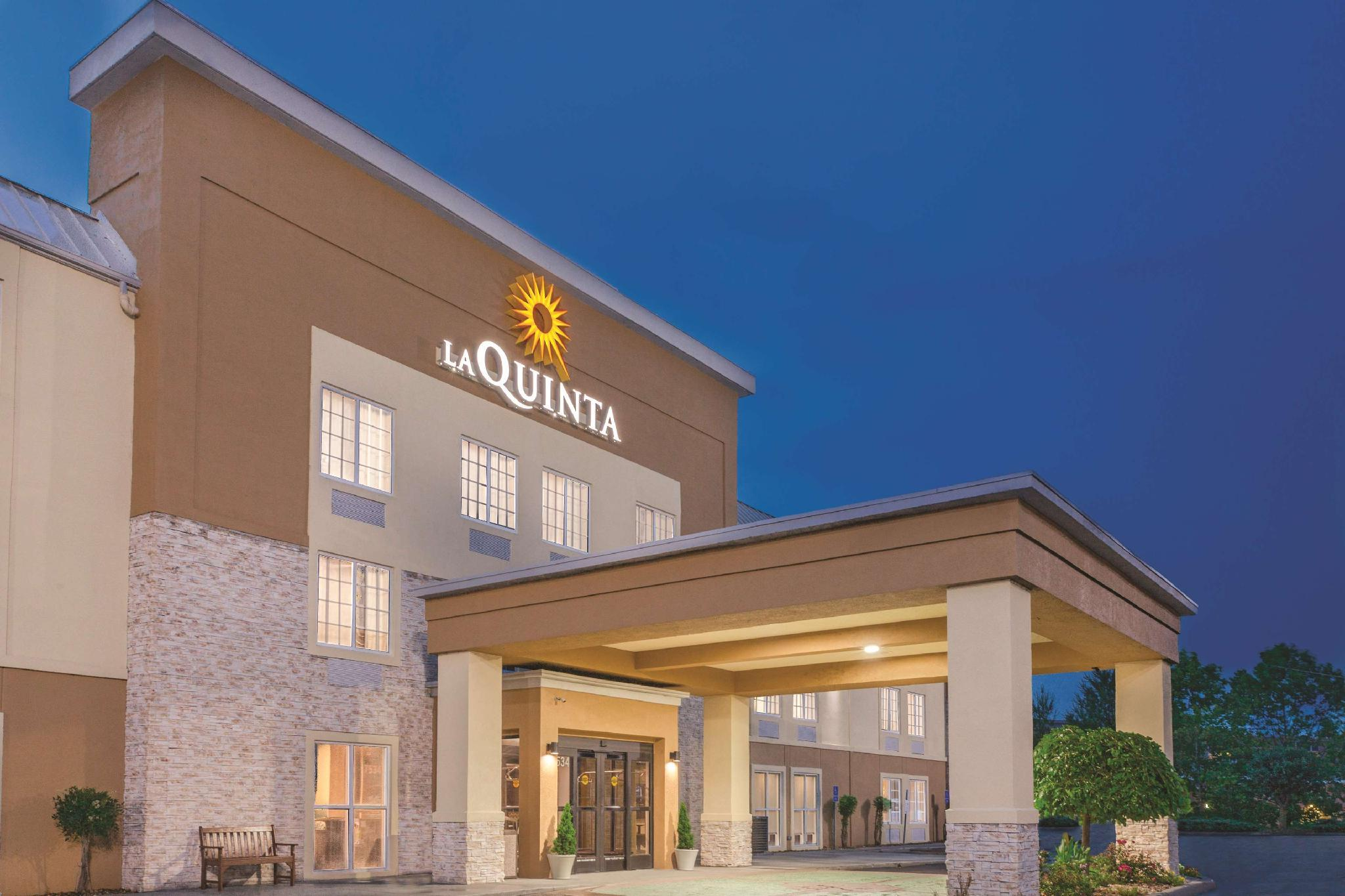 La Quinta Inn And Suites By Wyndham Knoxville North I 75