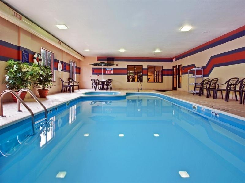 Holiday Inn Express Hotel And Suites Dayton Centerville