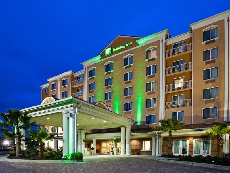 Holiday Inn Hotel And Suites Lake City