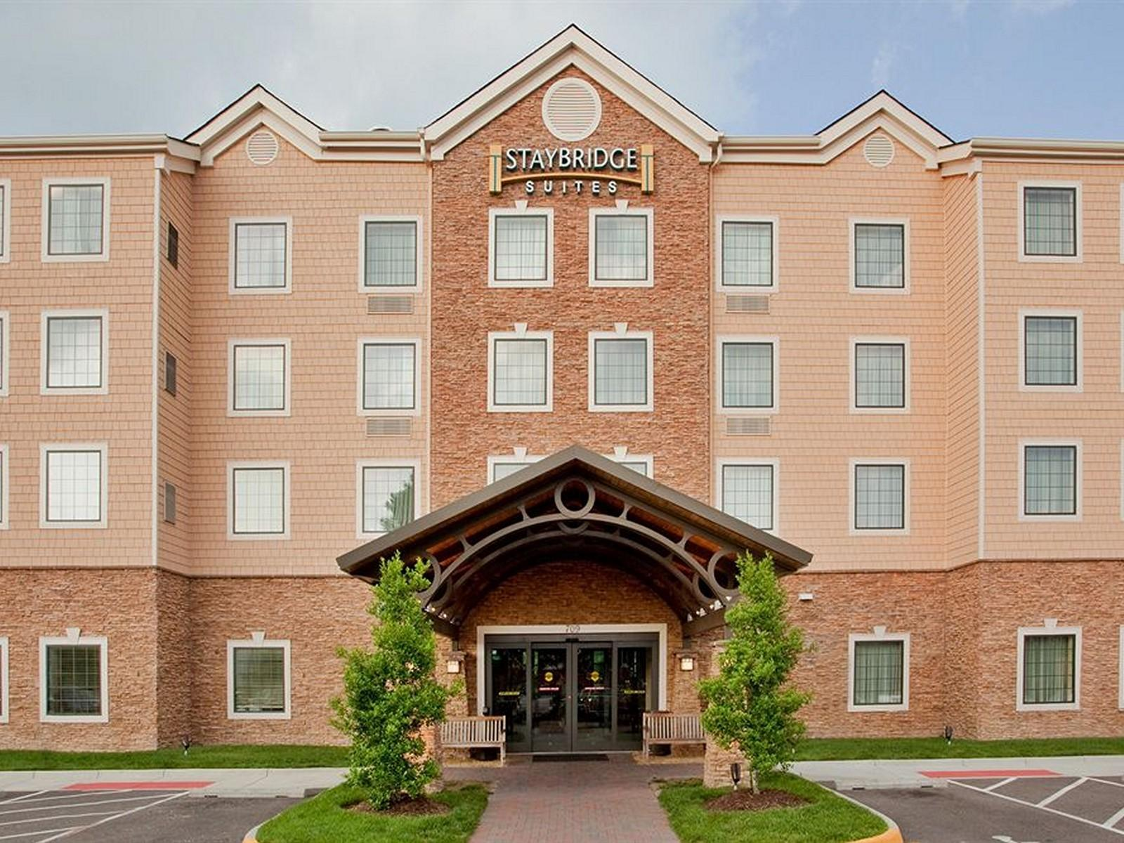 Hotels Near Chesapeake Conference Center