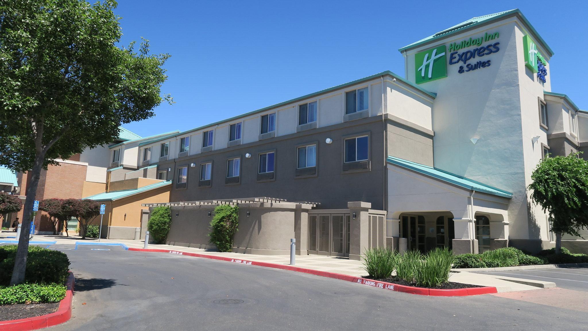 Holiday Inn Express Hotel And Suites Elk Grove Ctrl   Sacramento S
