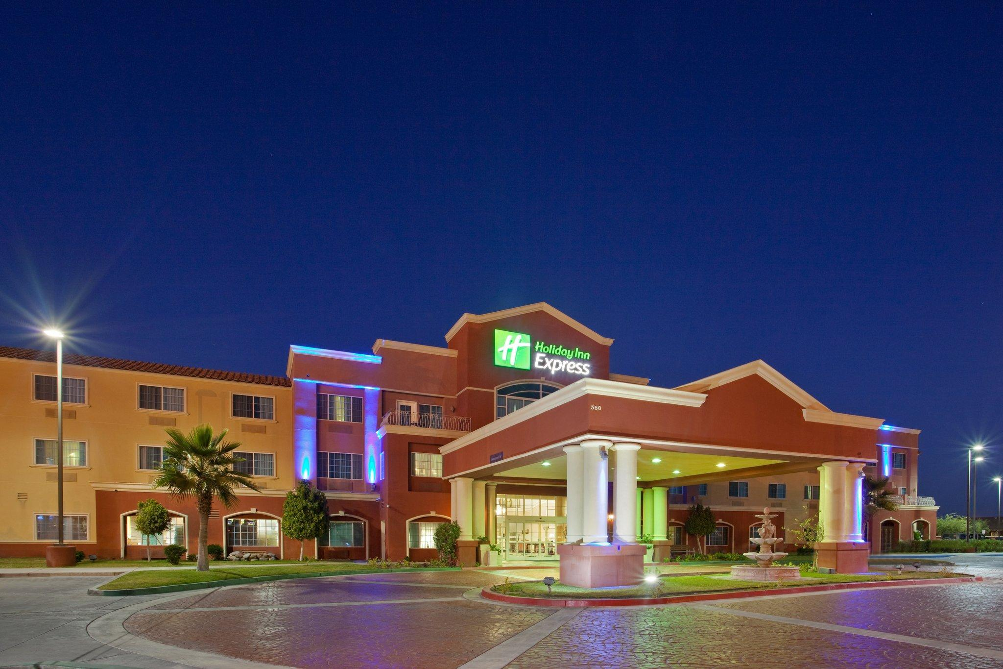Holiday Inn Express Hotel And Suites El Centro