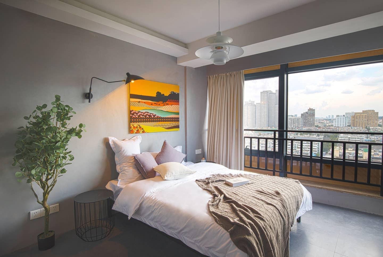 Xinjiekou Art Apartment   Overlooking Nanjing