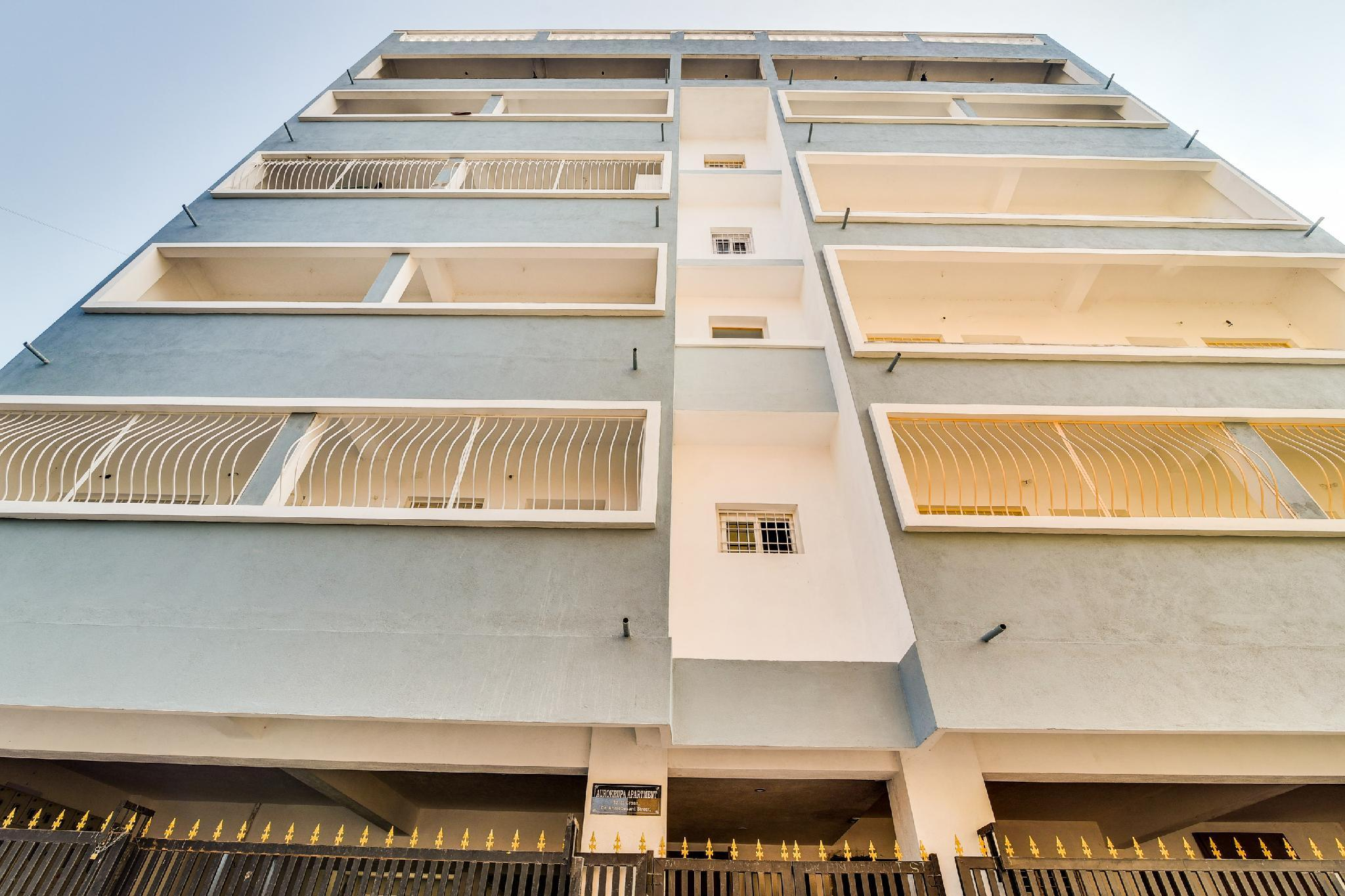 OYO 61589 Aurokrupa Apartments