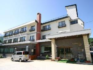 Central Inn Hakuba