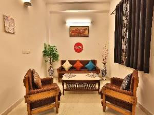 OYO Rooms Jaipuria Mall - Indirapuram