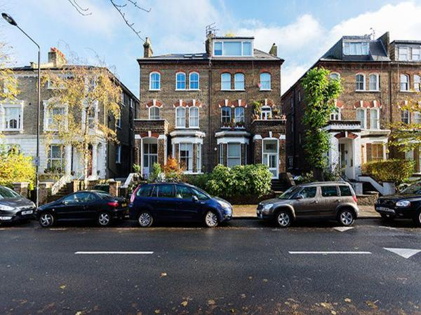 Veeve Beautiful & Bright 1 Bedroom Home On Parkhill Road Hampstead London