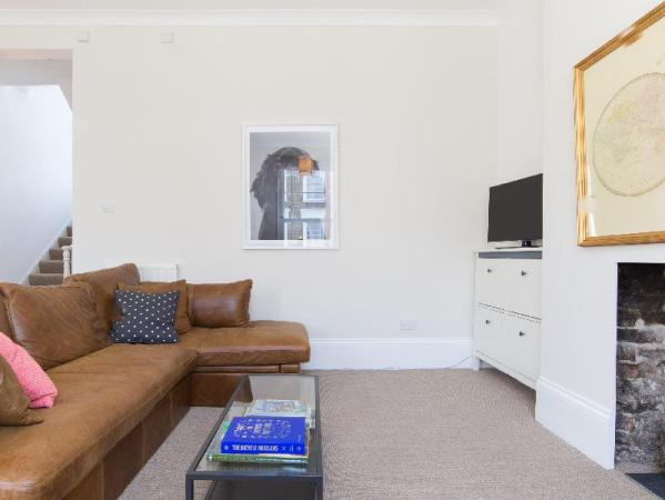 Veeve 3 Bed House Healey Street Kentish Town In Camden London